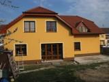 RD Sokolnice-aplikace probarvené omítky (2)